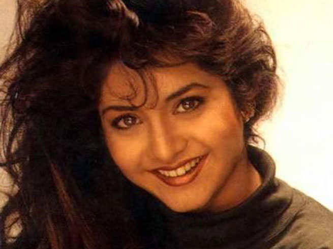 Divya Bharti, suicide, Death mysteries of famous Indian celebrities that remains unsolved! Part-1, voxytalksy