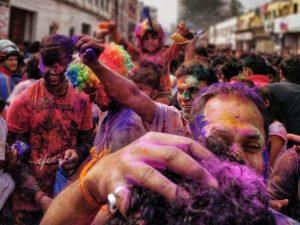 holi skincare hacks,colours